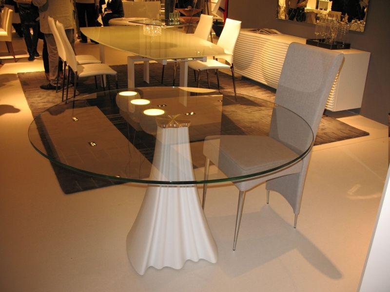 stakleni_stol_moderno