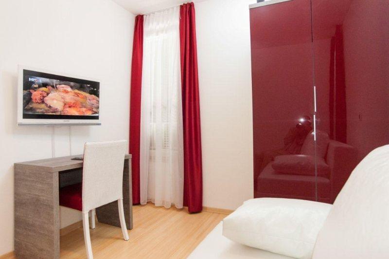 uredjenje-i-opremanje-apartmana-i-hotela-negorive-zavjese-i-dekori-blackout